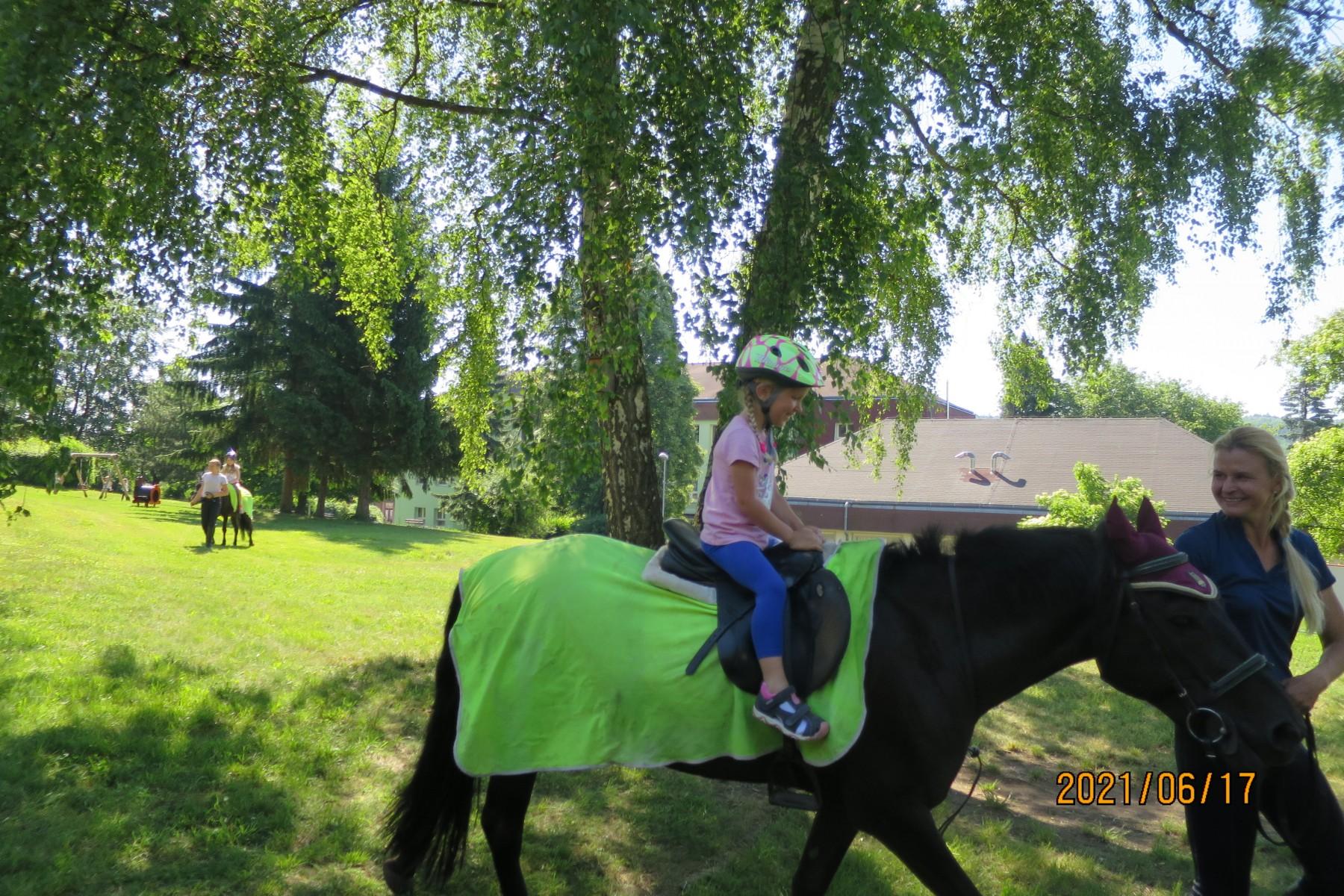 Koně 17.6.2021  žlutá třída