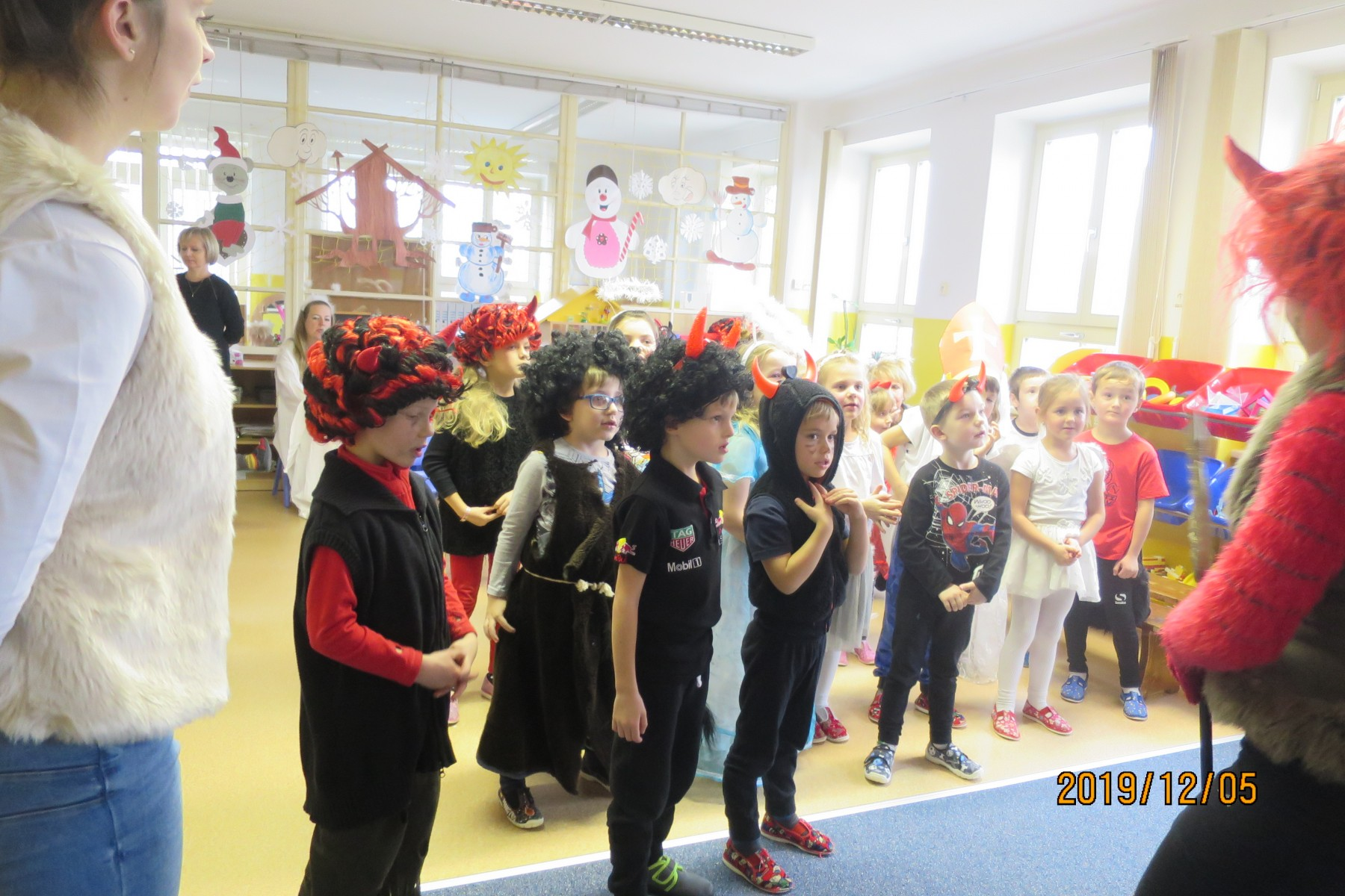 Mikulášská nadílka modrá třída 5.12.2019